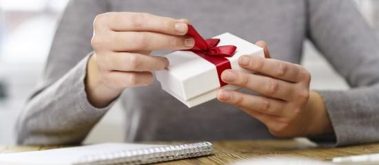 Quid des cadeaux et bons d'achats offerts à vos salariés?